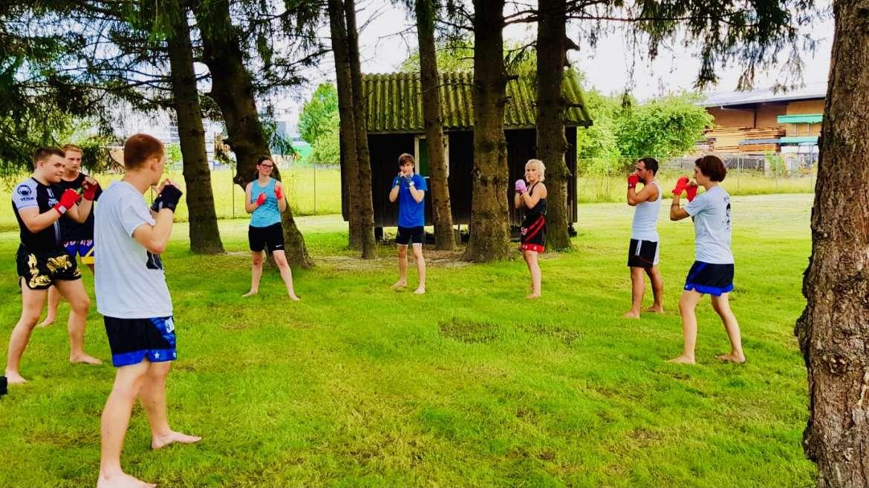 """Kostenfreies Sommersportangebot im Rahmen von """"Bewegt im Park"""": Kenpo Fighter Fitness"""